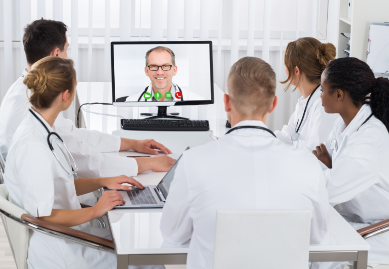 Tele- Videoconference held by medical staff | © iSTock | 598532724