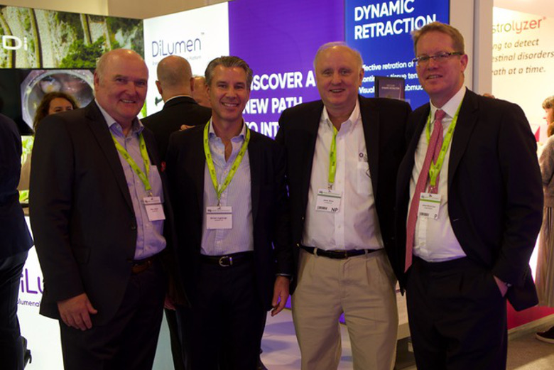 Dynamic retraction: DiLumen at UEG week 2019: Left to Right - Dr. Peter Johann (CEO Lumendi Ltd.) Michael Augsberger (CFO Lumendi Ltd.) Dr. James White (VP Medical Affairs Lumendi LLC) Prof. James East (Oxford)